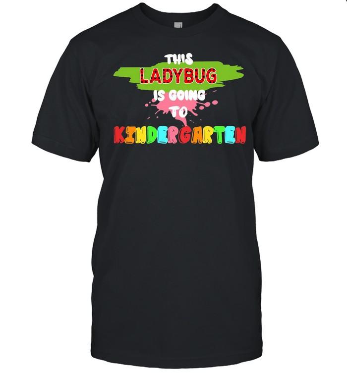 This Ladybug Is Going To Kindergarten Back To School T-shirt Classic Men's T-shirt